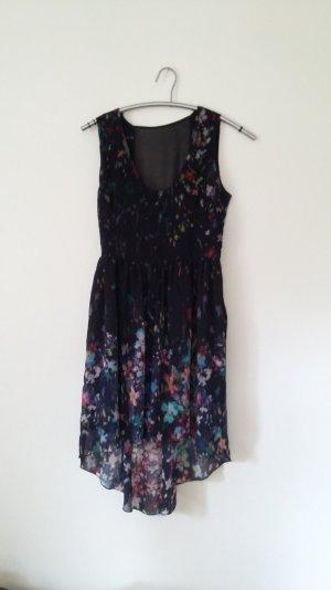 Wunderschönes Kleid von ZARA mit Blumenprint