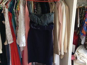 Wunderschönes Kleidchen Gr 36 mit Gürtel von Tally