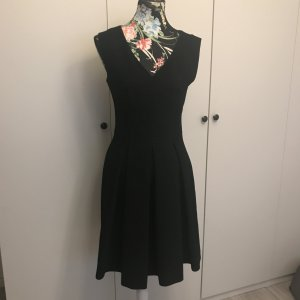 Hugo Boss Shortsleeve Dress black