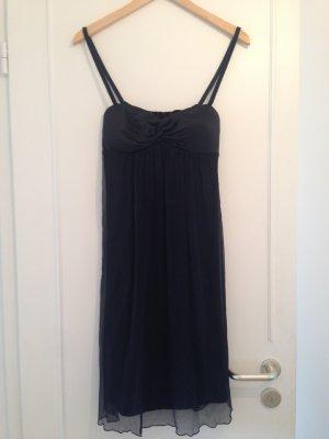 Wunderschönes kurzes schwarzes Abendkleid von St. Emile