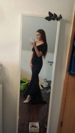 Wunderschönes langes Kleid in Schwarz