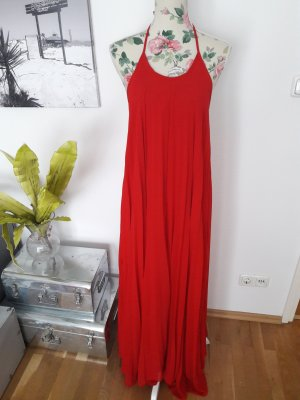 Wunderschönes langes rotes Maxikleid im Plissee Stil