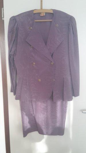 Robe de mariée lilas-bleu violet