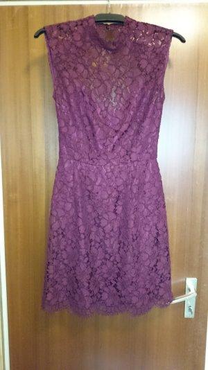 Wunderschönes nie getragenes Kleid von Sandro zu verkaufen