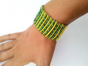 wunderschönes Perlen Armband gelb grün