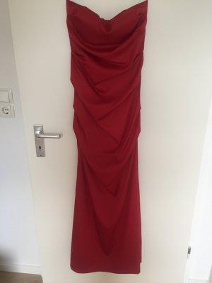 Wunderschönes rotes Abendkleid