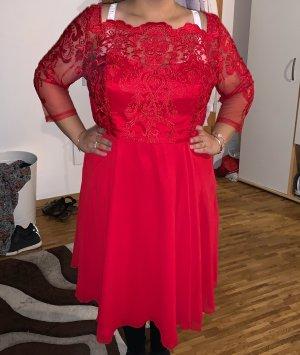 Wunderschönes rotes Kleid Gr. 48