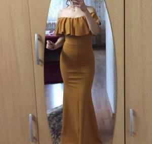 Wunderschönes schlichtes Kleid