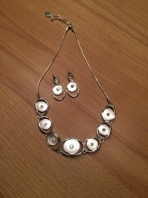 Ketting wolwit-zilver