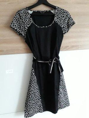 Wunderschönes Skunkfunk Kleid