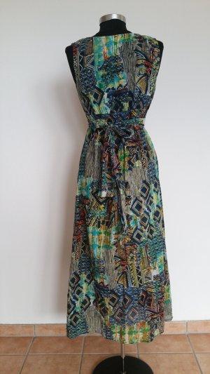 Wunderschönes  Sommerkleid für modebewußte Frauen im TOP Zustand!