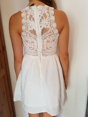 wunderschönes Sommerkleid mit raffiniertem Spitzenrücken von H&M