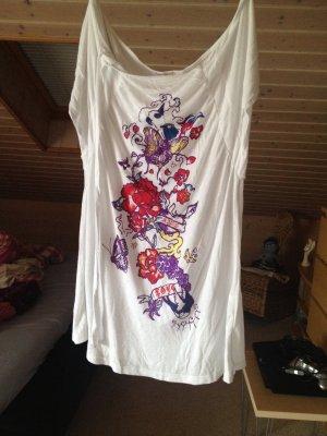 Wunderschönes T-Shirt, in Größe M ungetragen !