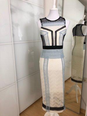 Wunderschönes, tailliertes, elegantes Spitzenkleid von Topshop