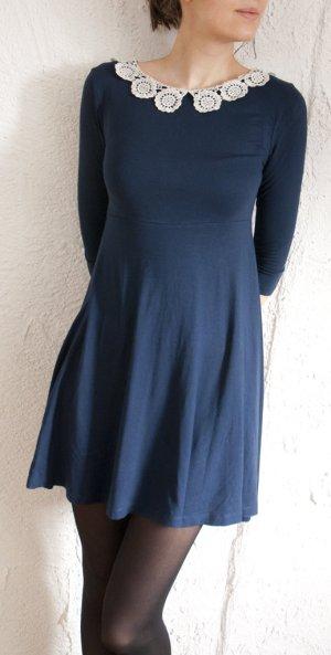 Wunderschönes Topshop-Kleid mit Häkelkragen XS