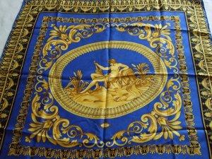 Wunderschönes VERSACE Tuch 60 x 60 cm in blau/gold