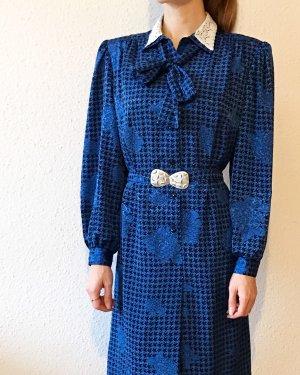 Wunderschönes Vintagekleid mit Spitzenkragen, Schleife und Guertel