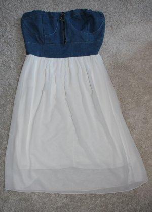 Wunderschönes weiß jeans farbiges Bandeaukleid Gr. S