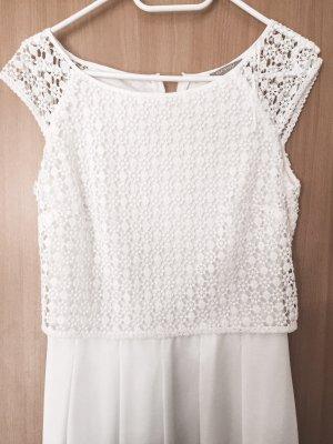 wunderschönes weißes Kleid mit Spitze