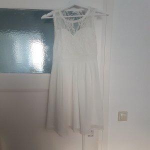 Wunderschönes weißes Sommerkleid von Vero Moda