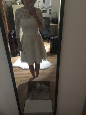 Wunderschönes weißes Spitzenkleid/ Standesamtkleid