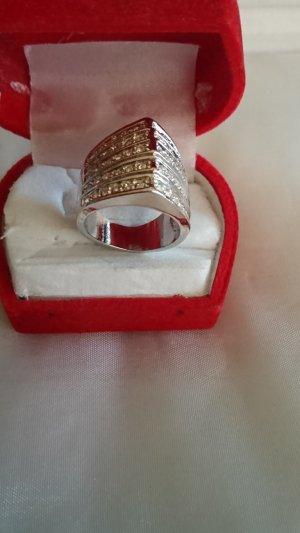 Wunderschoner Edelstahl Ring mit Swarovski Krystall Gr .17