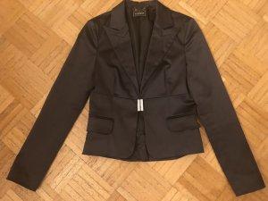Wundervoller Blazer (Strassverschluss), tailliert geschnitten, neu ohne Etikett, Gr. 38 (fällt kleiner aus!)
