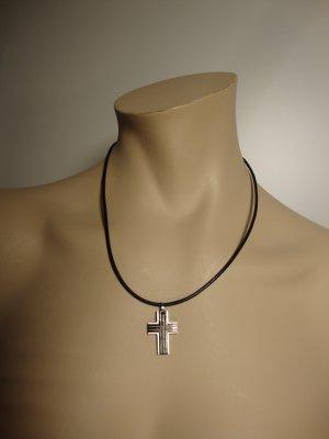 Collier noir-argenté bronze