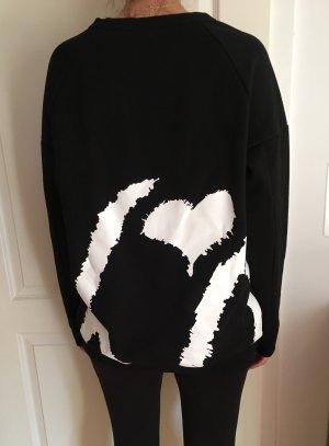 XO Sweater