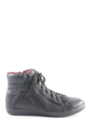 Xti High Top Sneaker schwarz Animalmuster Casual-Look