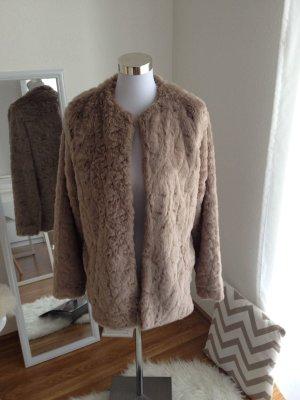 XXL Felljacke Mantel Fake Fur Fell Kunstfell Oversized Flauschig Nude Blogger