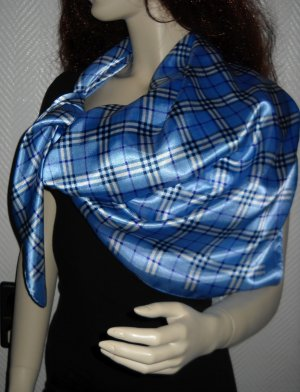 XXL Schal Nova Check Karo kariert Tuch Wappen blau weiß lila breiter Rand 90x90