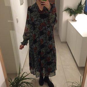 Y.A.S weites Chiffon Kleid mit Blumen Muster