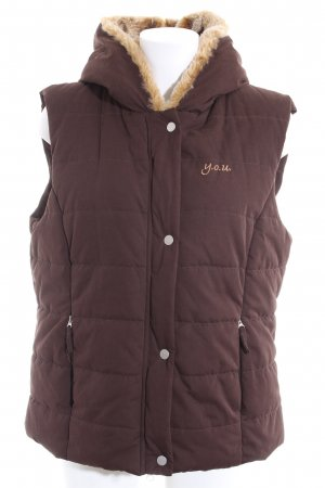 Y.O.U. Quilted Gilet brown printed lettering casual look