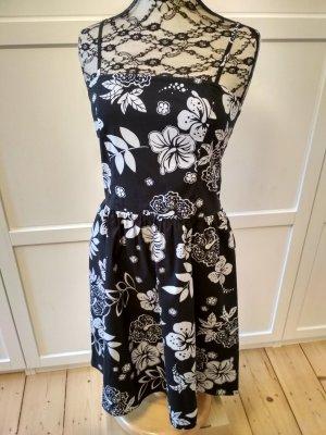 Yessica Kleid Gr. 36 Sommerkleid Blumenkleid Hawaiiblumen