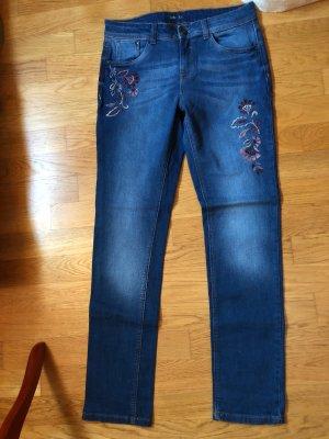 Yessica Slim Jeans Blumenstickerei Casual