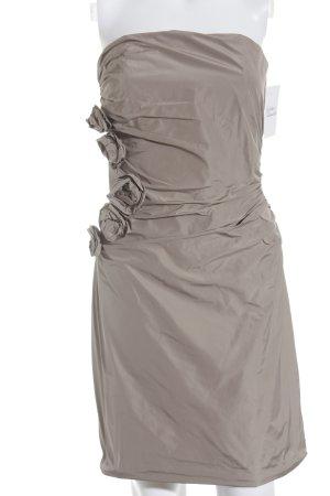Young Couture schulterfreies Kleid blasslila Elegant