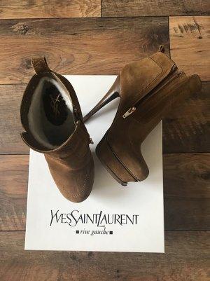 Yves Saint Laurent Patucos con plataforma marrón Gamuza