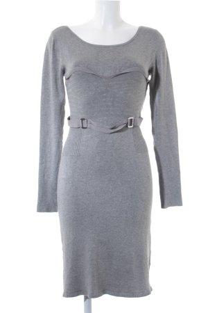 YU.K Langarmkleid grau Street-Fashion-Look