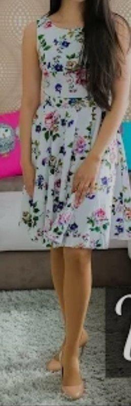 Yumi geblümtes Kleid 38
