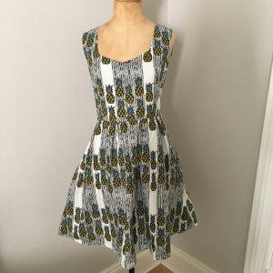 Yumi Kleid mit Ananas Gr. 38 top Zustand