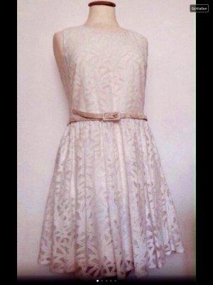 Yumi spitzen Kleid natur weiß Gr.uk 10