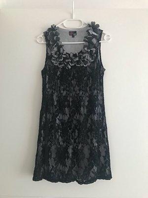 Yumi Vestido de encaje negro-color plata