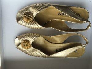 Yves Saint Lauren Schuhe aus Leder