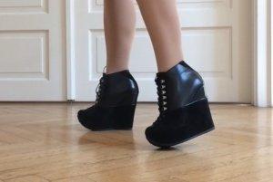Yves Saint Laurent Boots Gr.37