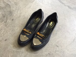 Yves Saint Laurent Leather - Metall Loafer