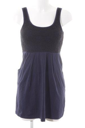Zalando Collection A-Linien Kleid dunkelblau-schwarz florales Muster Casual-Look