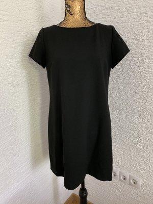 Zara Vestido de manga corta negro