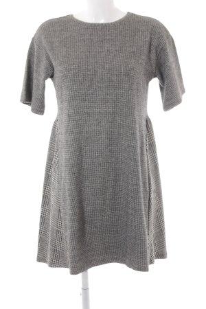 Zara A-Linien Kleid schwarz-weiß Hahnentrittmuster Casual-Look
