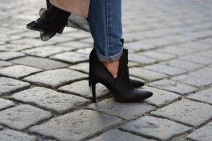 Zara Ankle Boots schwarz Elegant